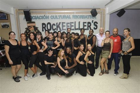 la familia rockefeller visitas del concejal a los grupos del carnaval lpa carnaval