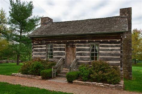 log cabin in waveland state historic site