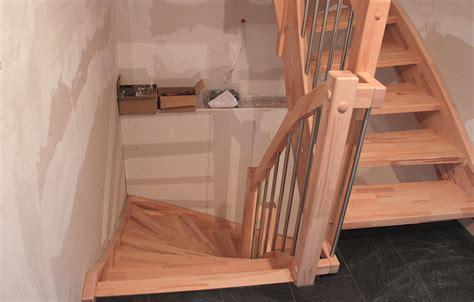 Treppe Nach Unten by Wir Bauen Ein Haus Treppe Nach Oben Und Unten