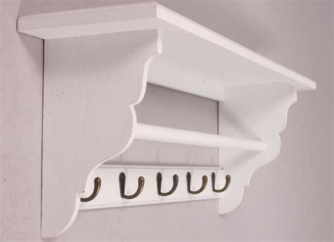 kerzenständer weiß keramik wohnzimmer decke braun