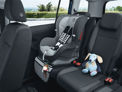 sieges auto enfant siege auto bebe enfant auto voiture pneu id 233 e