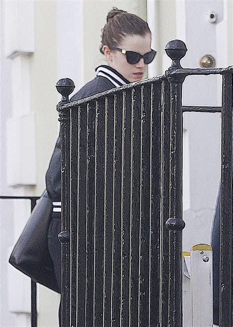 emma watson house emma watson leaves her home in london hawtcelebs