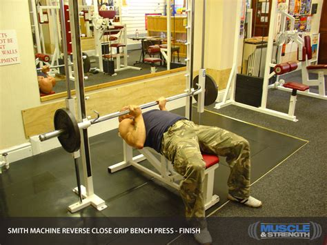 smith machine close grip bench press smith machine reverse close grip bench press video