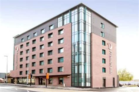 premier inn manchester premier inn manchester salford central hotel reviews
