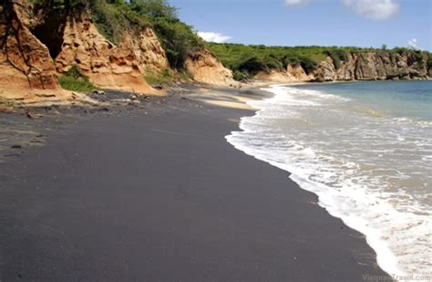 black sands beach isla de vieques
