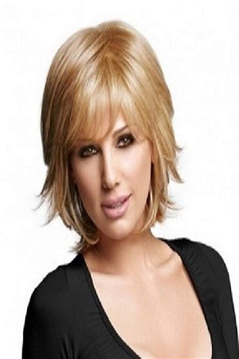 pictures of stylish medium long shag haircuts for women over 50 pictures and how to style layered shaggy hair styles