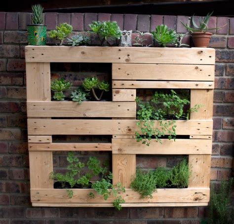 Wood Pallet Garden Ideas Wooden Pallet Vertical Garden Ideas Recycled Things