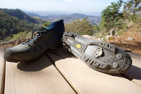 mountain bike shoe review review beat the heat with giro s empire vr70 knit