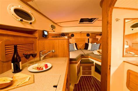 hinckley picnic boat interior hinckley boats interior 85298 interiordesign