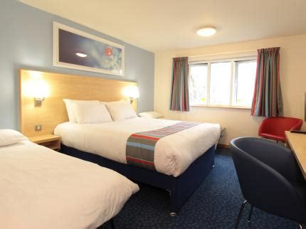 late rooms bristol travelodge bristol central deals reviews bristol laterooms