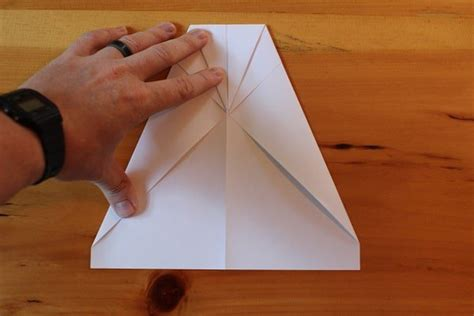 How To Make Best Flying Paper Airplane - the best paper airplane how to make a paper airplane