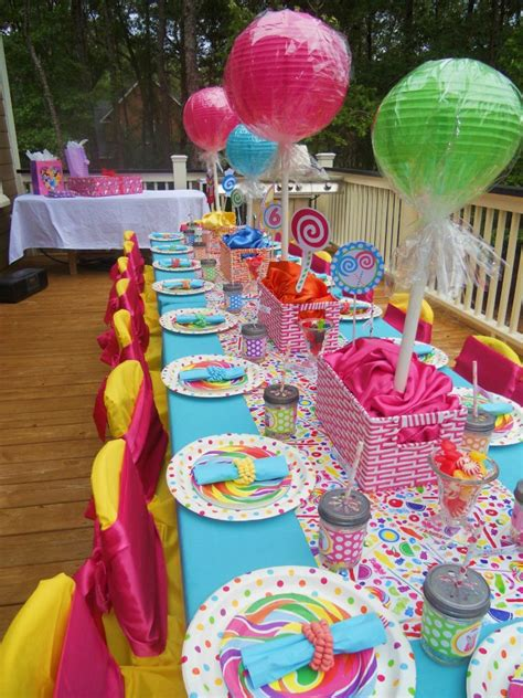 love themes for parties we love giant lollipops sweet shoppe party ideas
