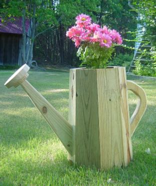 giant watering  planter wood plans