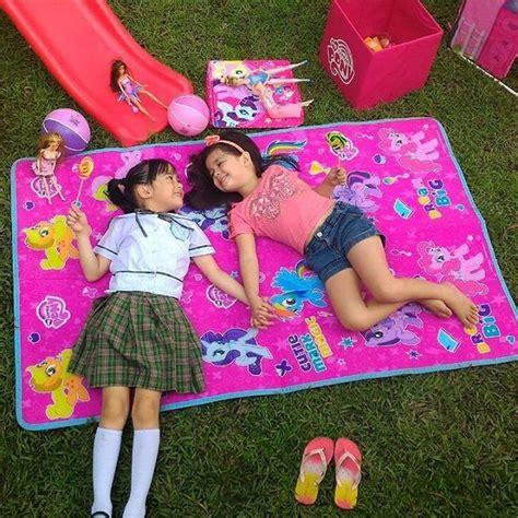 Yesha Set photos bonding moments of xia and yesha on the set of