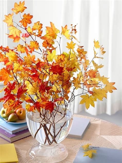 home fall decor 30 cool ways to use autumn leaves for fall home d 233 cor digsdigs