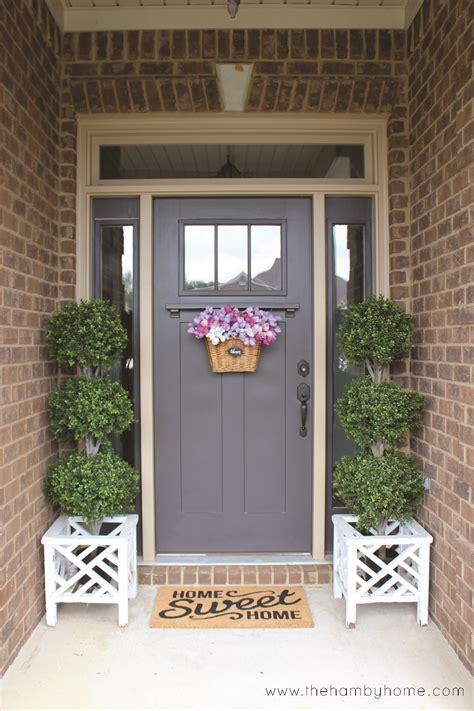 Hang A Wreath On Front Door Home By Heidi Diy How To Hanging A Front Door