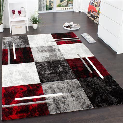 teppich rot schwarz grau designer teppich modern mit konturenschnitt karo muster