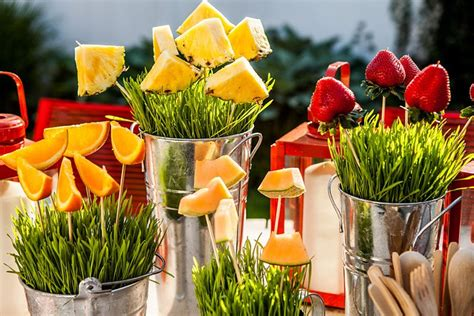 Backyard Bbq Tablescapes Aol News Sports Weather Entertainment Local Lifestyle