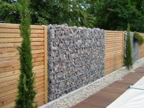 красивый забор частного дома фото