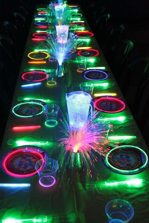 party themes glow in the dark glow in the dark kids birthday party ideas unique