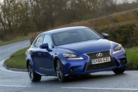 lexus is f sport 2015 lexus is 200t f sport 2015 review pictures auto express