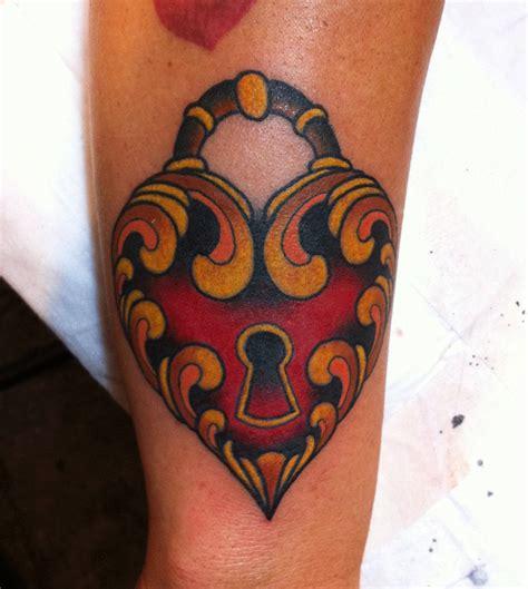tattoo arm heart heart locket arm tattoo tattoomagz