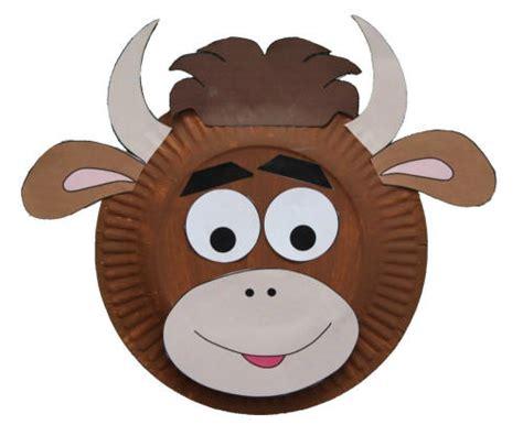 Paper Plate Cow Craft - paper plate cow craft
