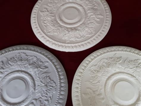 flower pattern on ceiling plaster ceiling rose with flower pattern