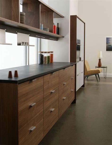 the kitchen that henrybuilt narrow kitchen modern kitchen henrybuilt modern kitchen cabinets townhouse pinterest
