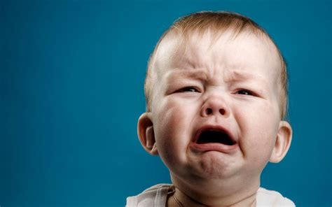 Baby Crying Meme - crying baby wallpapers 1680x1050 219797