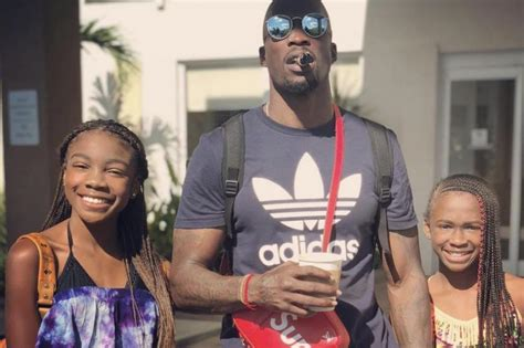 chad johnson negotiates  daughter    cash  birthday upicom