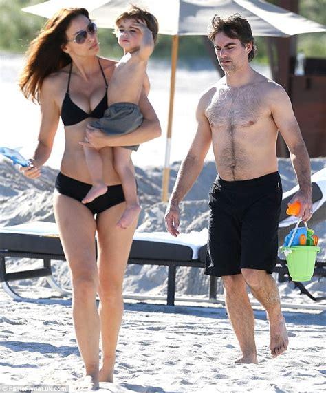 Rachel Gordon Nude - jeff gordon soaking up the sun in miami with hot wife
