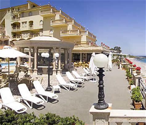 assinos palace hotel giardini naxos recensioni hotel hellenia yachting a giardini naxos confronta i prezzi