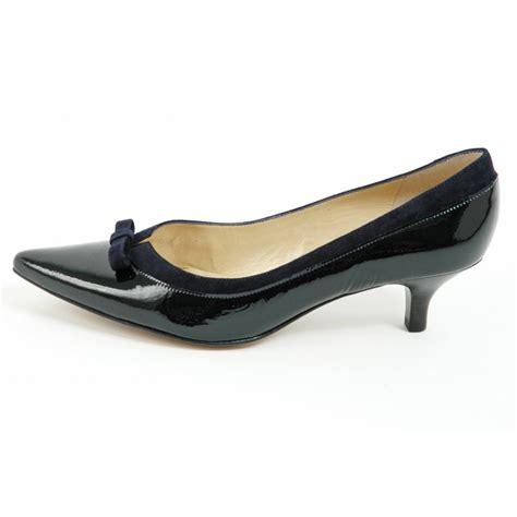 pointy sneakers kasier dalila kitten heel pointy toe shoes in navy