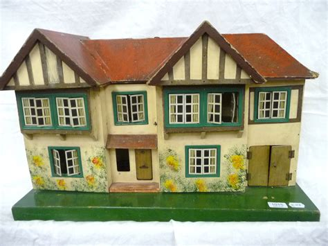 triang dolls houses tennants auctioneers circa 1930 s tri ang no 62 dolls house