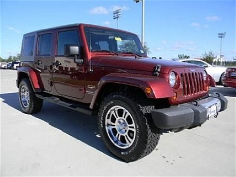 maroon jeep maroon jeep i want jeeps such i want
