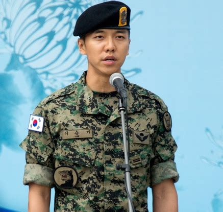 lee seung gi child lee seung gi s love child rumor will be investigated