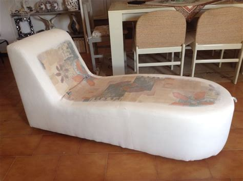 divano vecchio pi 249 di 25 fantastiche idee su vecchio divano su
