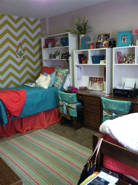 dorm room desk hutch pillowcases as a way to decorate chairs good idea dorm