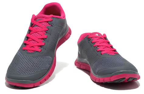 nike free run 4 v2 running shoe womens shoes grey pink