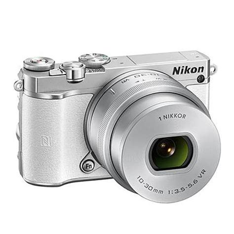 nikon 1 j5 mirrorless digital with 10 30mm and 30 110mm lenses white mirrorless cameras