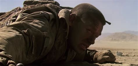 aaron taylor johnson the wall john cena et aaron taylor johnson dans le premier trailer