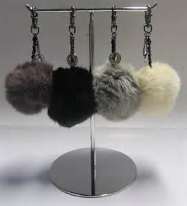 bijoux de sacs porte clef pompon fourrure