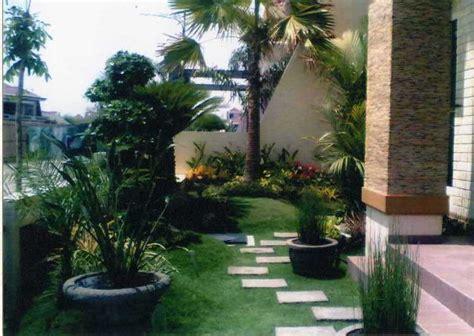 desain taman bunga depan rumah 19 desain taman depan rumah minimalis rumah jos