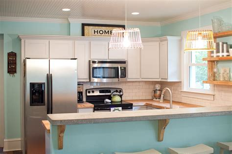 cheap white kitchen cabinets home furniture design 35 ideas about small kitchen remodeling theydesign net