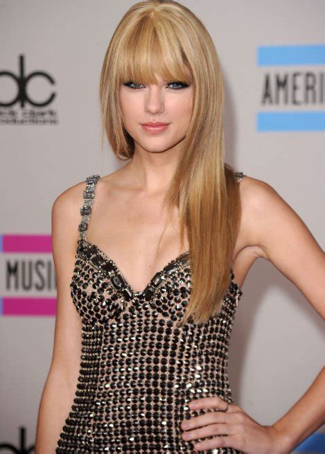 pictures of taylor swift with straight hair and bangs and bob taylor swift straight hair