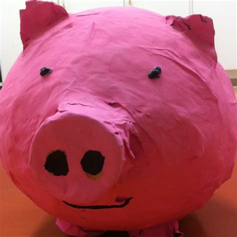 How To Make A Paper Mache Piggy Bank - 40 paper mache balloon diys guide patterns