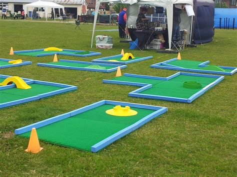 Minigolf Auto by Build Miniature Golf Course Autos Post