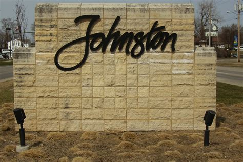johnston funeral homes funeral services flowers in iowa