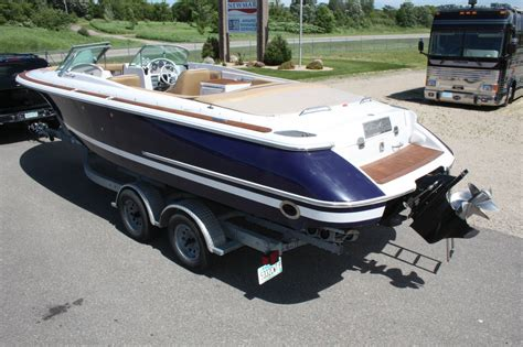 chris craft 25 launch boats for sale chris craft launch 25 2003 for sale for 37 000 boats